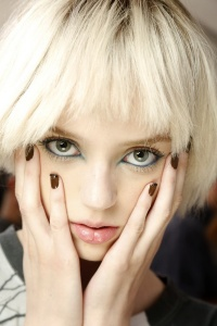 Backstage-Beauty-at-the-Marc-Jacobs-Spring-2014-RTW-Show-at-New-York-Fashion-Week_02