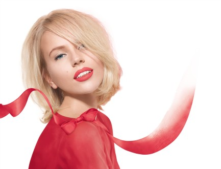 Bourjois - NEW Rouge Edition SOUFFLE DE VELVET - model visual
